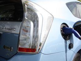 Toyota : les ventes d'hybrides explosent en Europe malgré la baisse des prix à la pompe