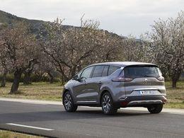 Renault chahuté en bourse après un soupçon de fraude aux émissions polluantes