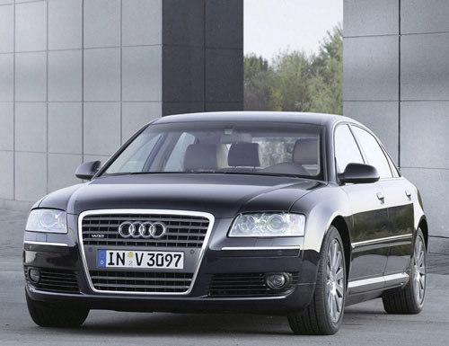 Audi A8 6.0 Limousine quattro : toujours plus fort