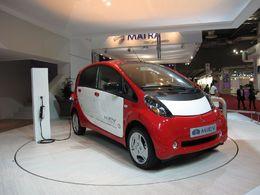 Mondial de Paris 2010 / sondage : 7 Français sur 10 achèteraient une voiture électrique si elle était  au même prix qu'une auto classique !