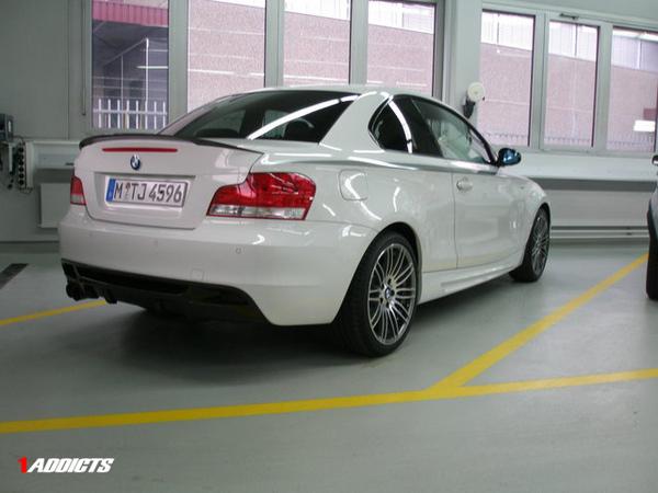 La BMW mystère : 135 tii de série ou kit carrosserie ?