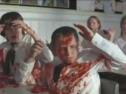 [Vidéo] Pensez à l'écologie, sinon vous mourrez en explosant dans une gerbe de sang