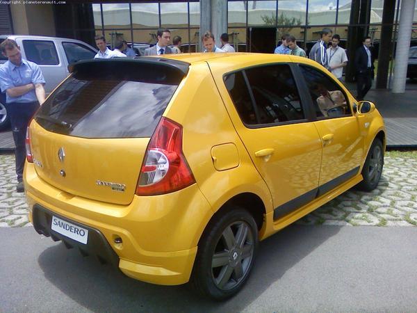 """Renault Sandero """"RS"""" à Genève ?"""