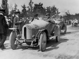 Rétromobile : les Mercedes de la Course du Prince Heinrich exposées, une première mondiale