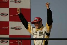 GP2 Asia Dubaï Course 2 : Grosjean façon Hamilton