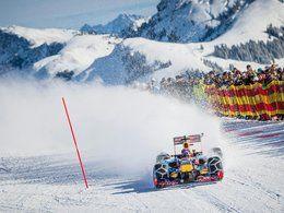 Vidéo: une Formule 1 ça aime aussi la neige