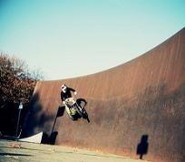 """Vidéo trial : Julien Dupont """"ride"""" à Berlin"""