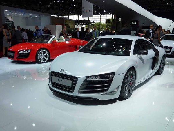 Mondial de Paris 2010 Live : l'Audi R8 GT, sans aileron elle est parfaite