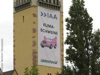 Salon de Francfort : Greenpeace critique ceux qu'elle appelle les cochons du climat