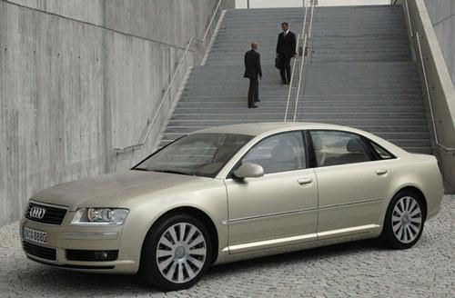 L'Audi A8 limousine adopte le 4.0 V8 TDI