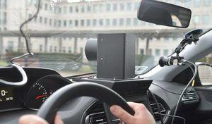 voiture radar recherche conducteur pour 1400 mensuels. Black Bedroom Furniture Sets. Home Design Ideas