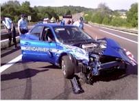 La gendarmerie casse une nouvelle Subaru...