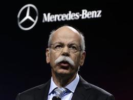 Le patron de Mercedes critique Volkswagen