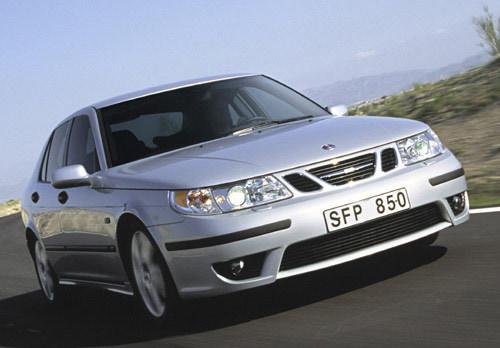 Nouvelles motorisations et séries limitées pour Saab en 2004