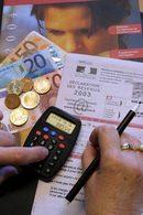 Déclaration d'impôts 2004 :  moins de déduction pour les 5CV  à 12CV, plus pour les petites  et grosses cylindrées