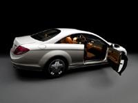 Mercedes déclinerait sa CL