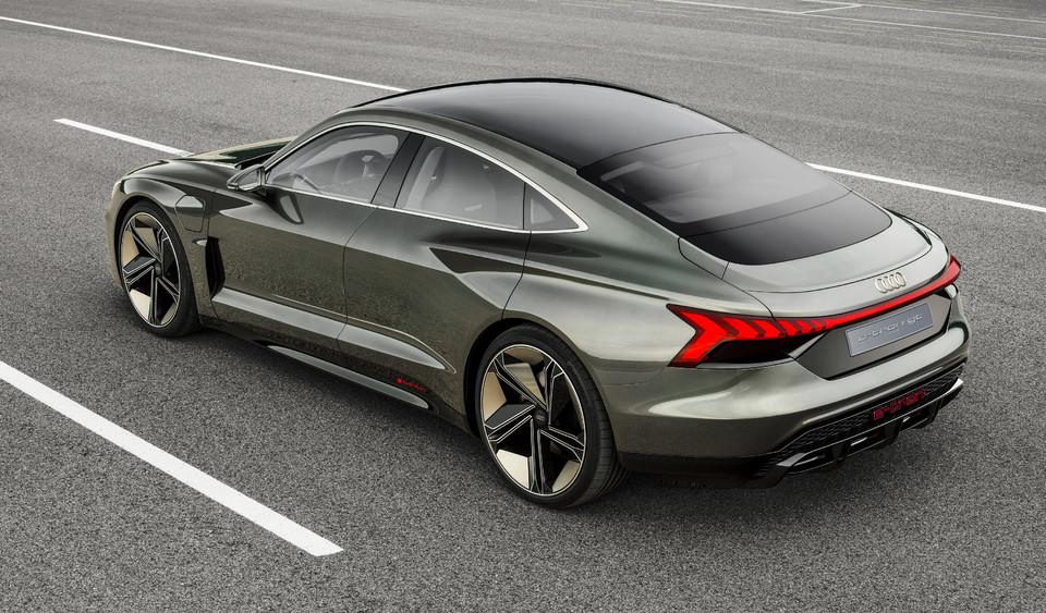 Audi 20 Nouveautes En 2020 Toujours Plus De Suv D Hybrides Et D Electriques