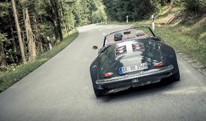 Walter Röhrl roule en Porsche 356... turbo