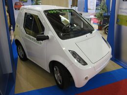 En direct du Mondial de Paris : la micro-voiture électrique BUDDY