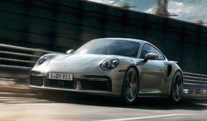 Une Porsche 911 hybride particulièrement puissante en préparation