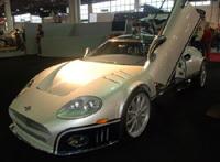 Une Spyker C8 se prend pour une Maserati MC12