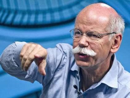 Daimler surpris par les progrès automobiles d'Apple et de Google