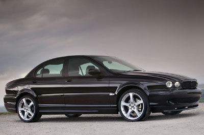 Jaguar achève sa X-Type