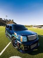 Cadillac Escalade : En noir c'est pas possible?