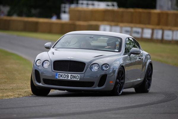 [vidéo] : Bentley Continental Supersports, Derek Bell et une montée à Goodwood