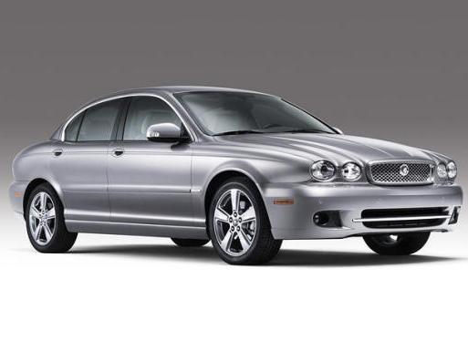 Jaguar : la berline d'entrée de gamme d'abord, le crossover ensuite