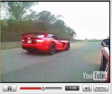 Vidéo : Dodge Viper SRT10 ACR en action