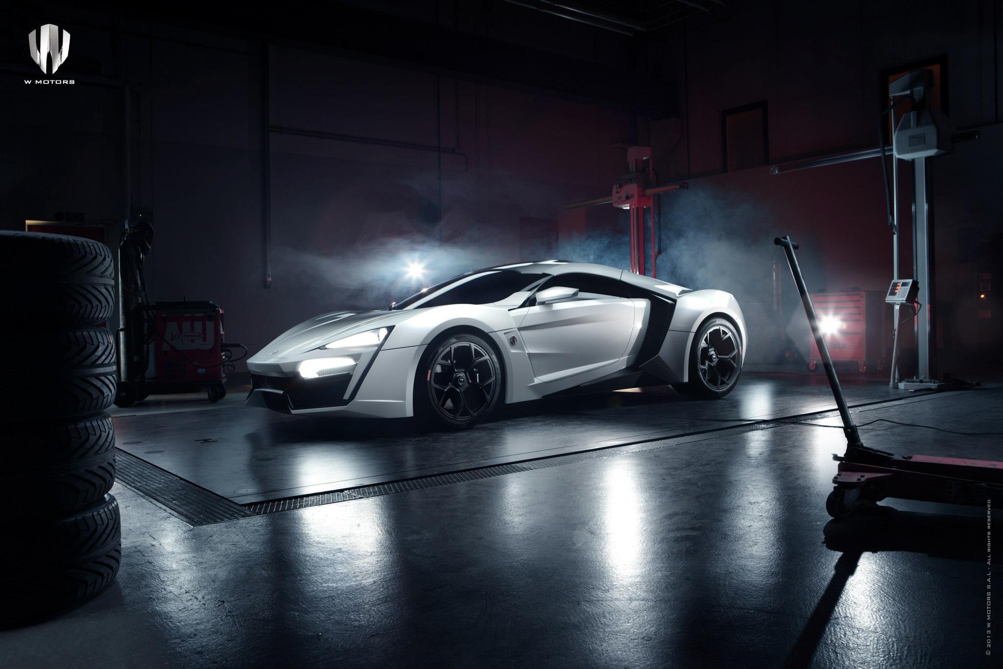 http://images.caradisiac.com/logos/9/4/8/9/169489/S0-La-plus-chere-de-tous-les-temps-se-nomme-W-Motors-Lykan-Hypersport-84163.jpg