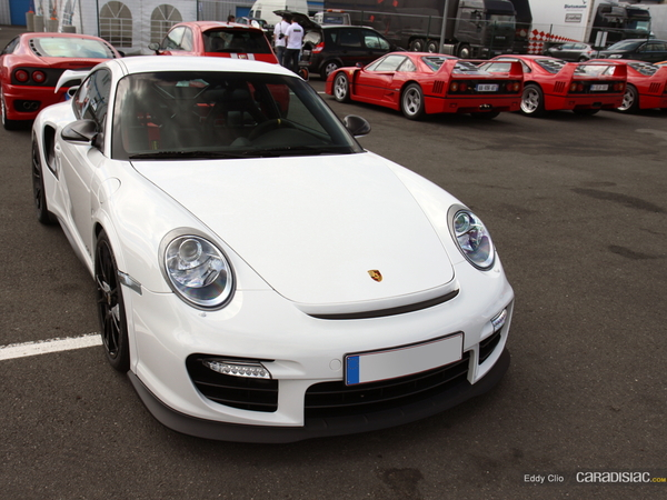 Photos du jour : Porsche 911 997 GT2 RS ( Sport & Collection)