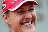 Michael Schumacher remporte le GP de Chine et prend la tête du Championnat du Monde