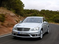 Mercedes S63 by AMG : limousine sportive !