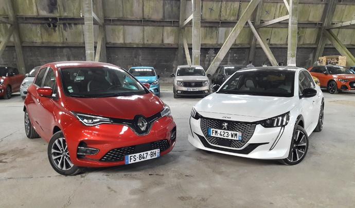 Peugeot e-208 VS Renault Zoé : l'ambition rencontre l'expérience - Salon de l'auto Caradisiac 2020