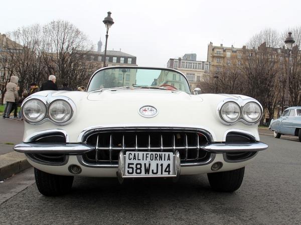 Photos du jour : Chevrolet Corvette (Traversée de Paris - Réponse de quizz)