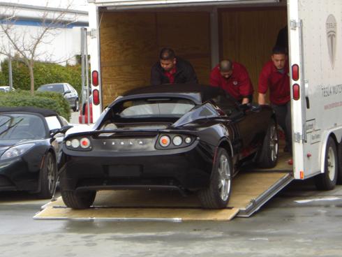 Tesla Roadster : première livraison