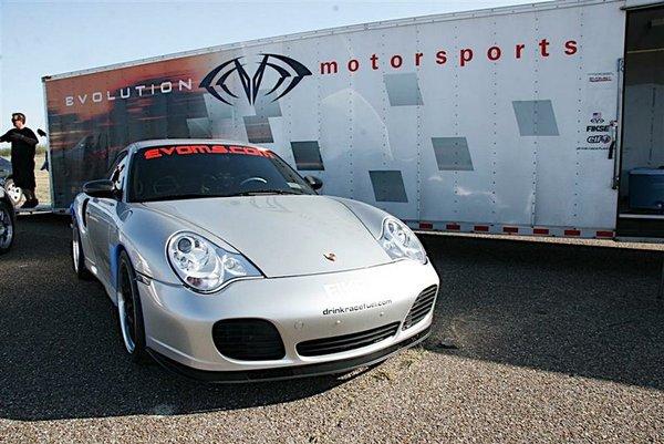Porsche Evoms GTXXXX 1000 cv, une machine à records (photos + vidéos)