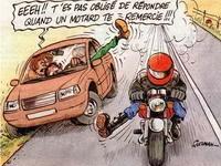 [Sondage de la semaine]: Êtes-vous un adepte du merci du motard ?