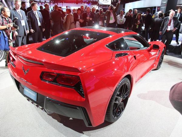 La Chevrolet Corvette C7 Stingray en vidéo