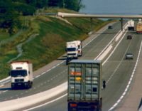 Italie : la Commission européenne encourage à l'achat de camions moins polluants