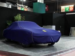 Rétromobile 2013 : les préparatifs en photo