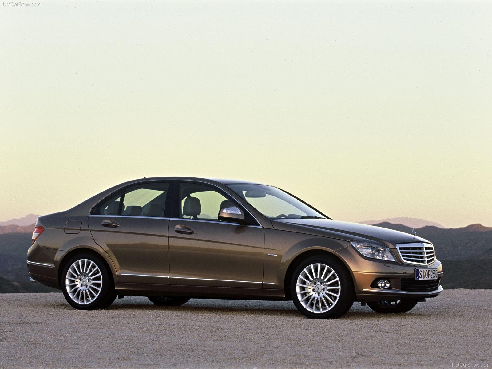 Mercedes Rappelle 85 000 Classe C Et E Aux Us 9 000 En