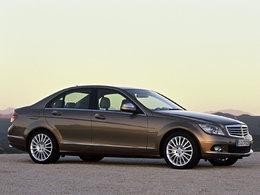 Mercedes rappelle 85 000 Classe C et E aux US, 9 000 en France : la direction se durcit !
