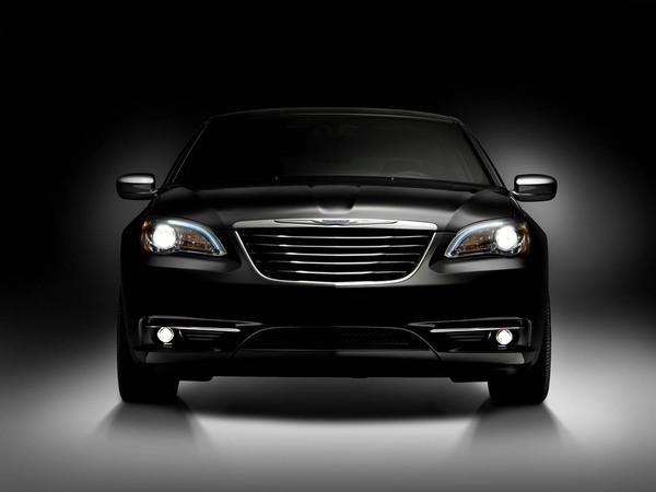 Officiel : voici la Chrysler 200C, celle qui veut redorer le blason de la marque