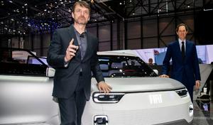 Le patron de Fiat divise son salaire par deux