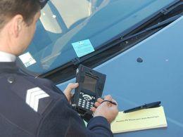 Statistiques 2010 : le nombre de PV pour mauvais stationnement et franchissement de feu rouge explose