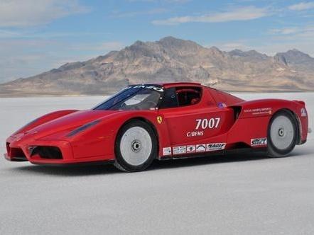 381 km/h pour la Ferrari Enzo la plus rapide du monde