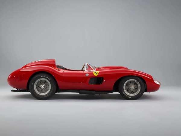 Rétromobile 2016 - Une Ferrari cotée plus de 30 mIllions d'euros à la vente Artcurial ! (vidéo)